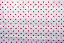 Pink / Van deze stofjes maken wij persoonlijke kadootjes en blije hebbedingen. Wil jij ook een trip trap kussenset van deze leuke stofjes hebben? Die bestel je dan gewoon op www.kidz-corner.nl