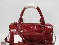 2012new  hotsalehub Designer Handbags / by Rosie O'Donnell