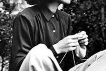 Famous Knitters / Images of famous people knitting.