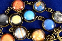 Gifts for Nerds and Geeks / Science gift ideas for chemistry and astronomy/planet lovers!