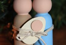 DIY Nativity / Because I love Christmas nativity scenes and there are so many awesome DIY ideas on the blogosphere.