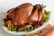 Food-Thanksgiving Recipes / by Courtney Selman
