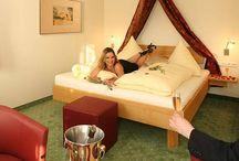 Hotelzimmer aus Massivholz  / Massivholzmöbel machen im Hotel nicht nur ein besseres Klima und sehen beser aus, sie sind vor allem langlebiger und leicht zu pflegen: http://www.die-moebelmacher.de/produkte/objekt/hotel.html