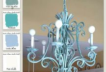 Revamp a Lamp / Inspiration for updating lamps and chandeliers with #chalkpaint.