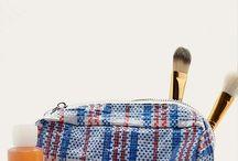 ILU_research (makeup bag, brushes etc)