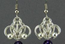 Chain maille - Beads / Chain mail ideas with beads, drops, etc. / by Shawna Jones