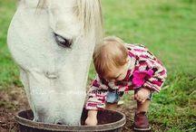 niñas con caballos