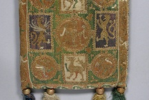 Medieval purses,bags and pouches 1100 - 1400