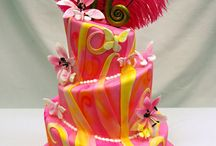 Birthday Cakes / by Marvella Riojas