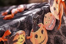 GARLANDS, WREATHS, ROSETTES / by RedSeaCoral Halloween 2014