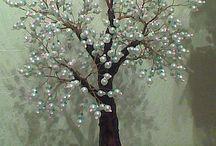 деревья из бисера и не только...