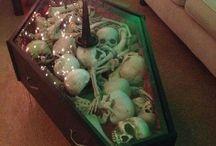 Coffin / by Jenn-ula Sewell-Jenkins