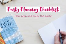Free Printables + Checklists / Checklists, place cards, menu cards, and more to help with your party planning!
