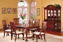 Beautiful dinning table / Here you can find Beautiful dinning table with an amazing design. Buy online today.