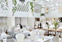 > restaurants & cafes <
