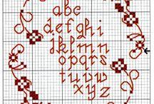 alfabeti di tutti ....i colori / alfabeti punto croce, ricamo, ecc......