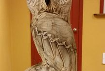 Wooden Owl Carvings / Chainsaw
