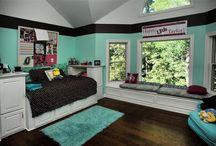 Bedrooms / by Kelly Bleemel Cooksey