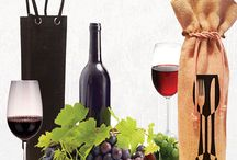 Wine bags / Custom designs wine bags 1 bottle, 2 bottle, 3 bottle, 4 bottle and 5 bottle wine bags only available at CarryGreen.com