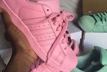 shoes//Adidas