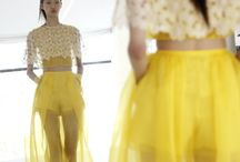 Yellow-Delpozo / Inspired by Albers, #DelpozoSS15 simultaneously achieves a pictorial visual impact and a powerful expression full of sensitivity.