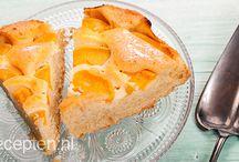Cake luchtig fruit pruimen perziken