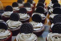 Recetas de Cupcakes / Deliciosos e irresistibles cupcakes de todos los sabores con una gran variedad de coberturas, te encantarán. Prepáralos y sorprende a esa persona tan especial.