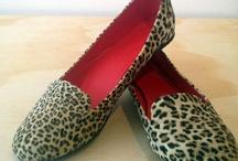 zapatos......レ O √ 乇 ♥