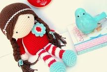 Crochet: Dolls & Stuffies / by Megan Lemon