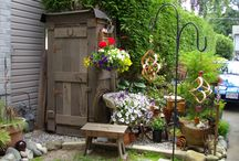 Garden / Hide-away Sheds & Potting Benches