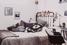 Bedrooms / Ways to style your room