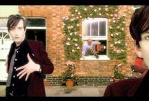 Britpop Music Videos