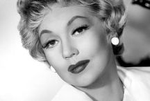 Ann Sothern / Ann Sothern (January 22, 1909 – March 15, 2001) was an American actress who worked on stage, radio, film, and television, in a career that spanned nearly six decades.