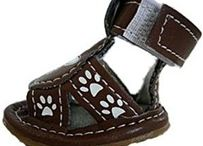 Dog Sandals - Skull & Crossbones / These sandals for dogs are great for summer, protecting your dog's paws from the hot pavement or irritating seasonal allergies while still letting the paws breathe.  Your dog can certainly step out in style this summer at the park or on the beach!