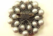biżutki - broszki