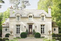 Exterior paint color / by Glenda Satterfield