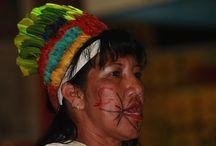 Fiesta de las lenguas en FilBo 2014 / La diversidad lingüística y cultural de Colombia se reúne en la #FiestaDeLasLenguas