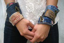 bracelets/náramky
