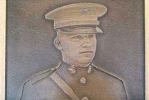 PORTRAITS / Feature a portrait on bronze plaques