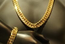 Gold Chains / Gold Necklaces and Chains vast srlection for sale Men, women and children.