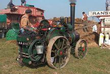 tracteur historique  matériel agricole d'autrefois