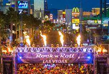 """Rock 'n' Roll Marathon / Con más de 500.000 corredores, el Rock 'n' Roll Marathon toma lugar en  28 destinos de todo el mundo. Elige entre Maratón, ½ maratón,10K y 5K.  """"Rock with us"""""""