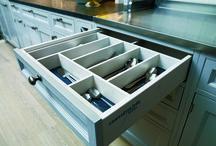 Kök, inredningar och interiör som förför  / Lantkök, Moderna kök, Blandare, Bänksksivor och spisar. Allt för drömköket med fokus på funktion och stil. Välplanerade kök, coolt, retro eller traditionellt klassiskt