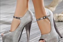 Pleasures for my feet / by Nina Noll