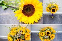 Wedding flowers / Photos of flowers from weddings including bride bouquets by Rachael Pereira Photography. www.rachaelpereira.com