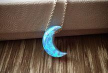 Mond Halskette