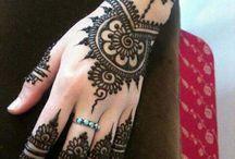 Eid Mehndi Designs / Latest collection of eid mehndi designs 2014 for girls. New wedding mehndi designs for hands, feet and arms. Eid mehndi collection simple designs 2014.