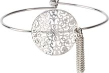 H2Z Filigree Jewelry by Pavilion / Dainty and delicate floral jewelry line. Perfect to compliment any outfit on a daily bases