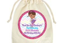 Party Favors - Favor Bags/Stickers / These adorable Favor Bag Sticker designs are a cost efficient way to create matching and personalized Favor/Treat Bags for your party guest(s). They're also a fun way to let your guest(s) know you appreciate their time for coming out to celebrate your momentous occasion with you.  Party Favor   Treat Bag   Favor Bag   Birthday   Baby Shower   Gift   Party   Glitter   Purchase Party Favors: http://goo.gl/kTV7An