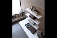 Bookshelves and Wall Units / by Arte5 Remodelaciones